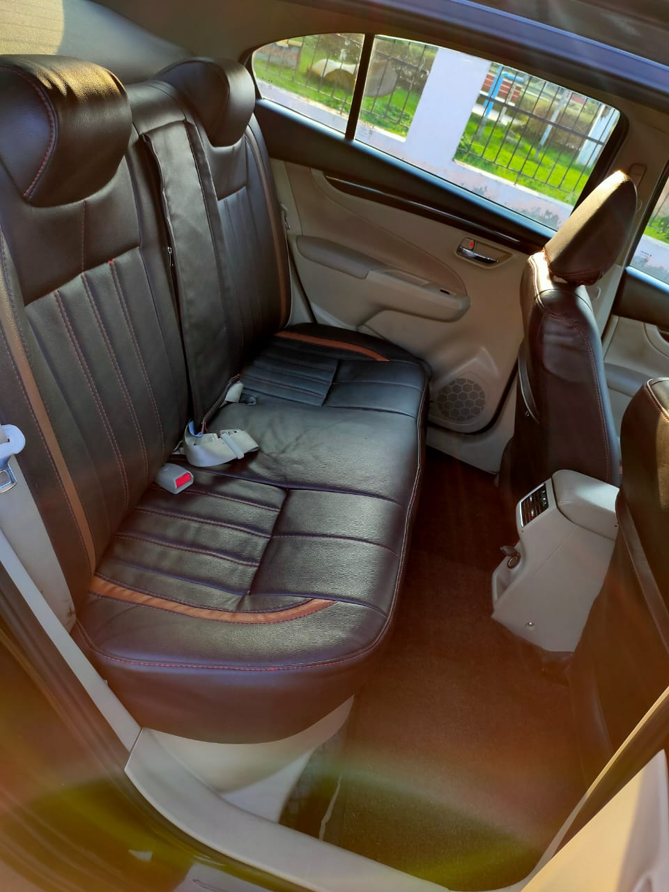 Front_seats 20200302154232