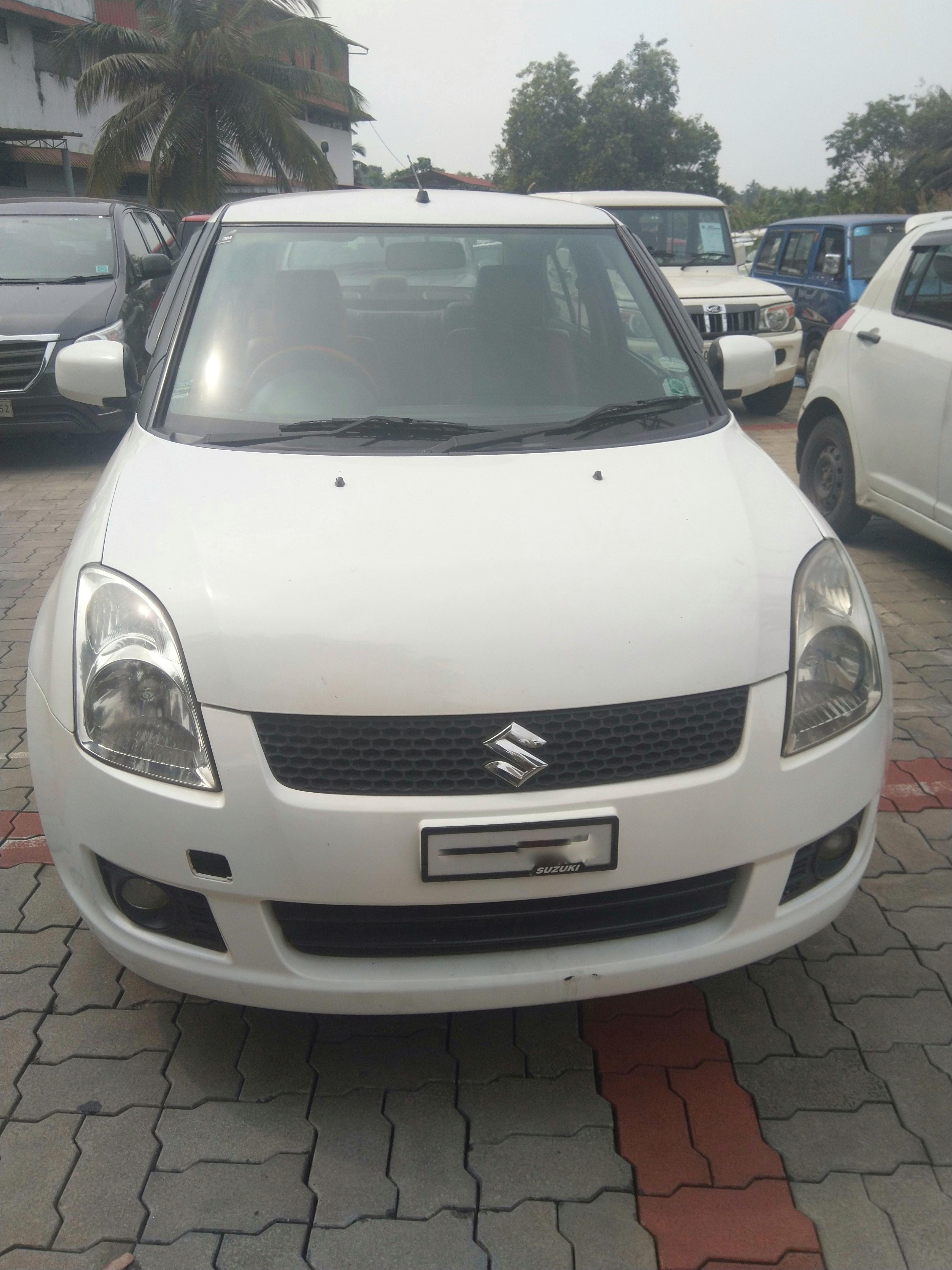 Used Maruti Suzuki Swift Dzire Tour In Tirur 2012 Model India At Best Price Id 45632