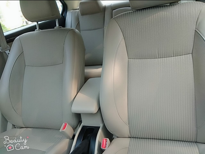 Front_seats 20200305152053