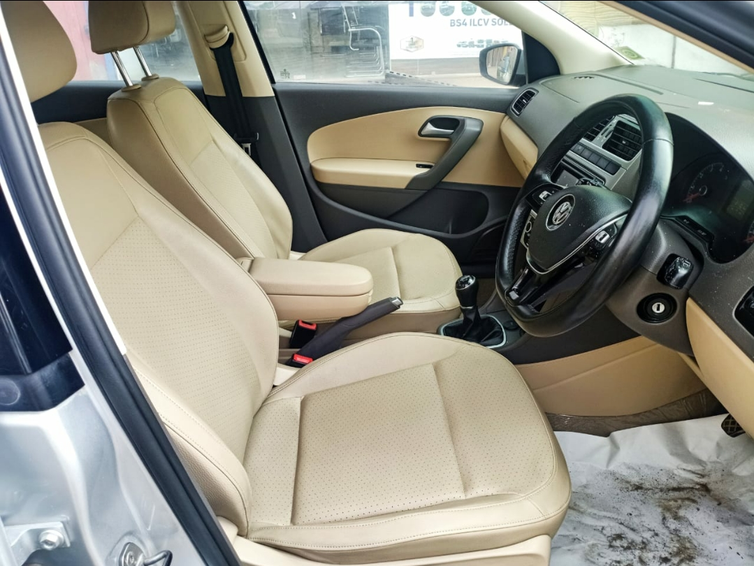 Front_seats 20200226115200