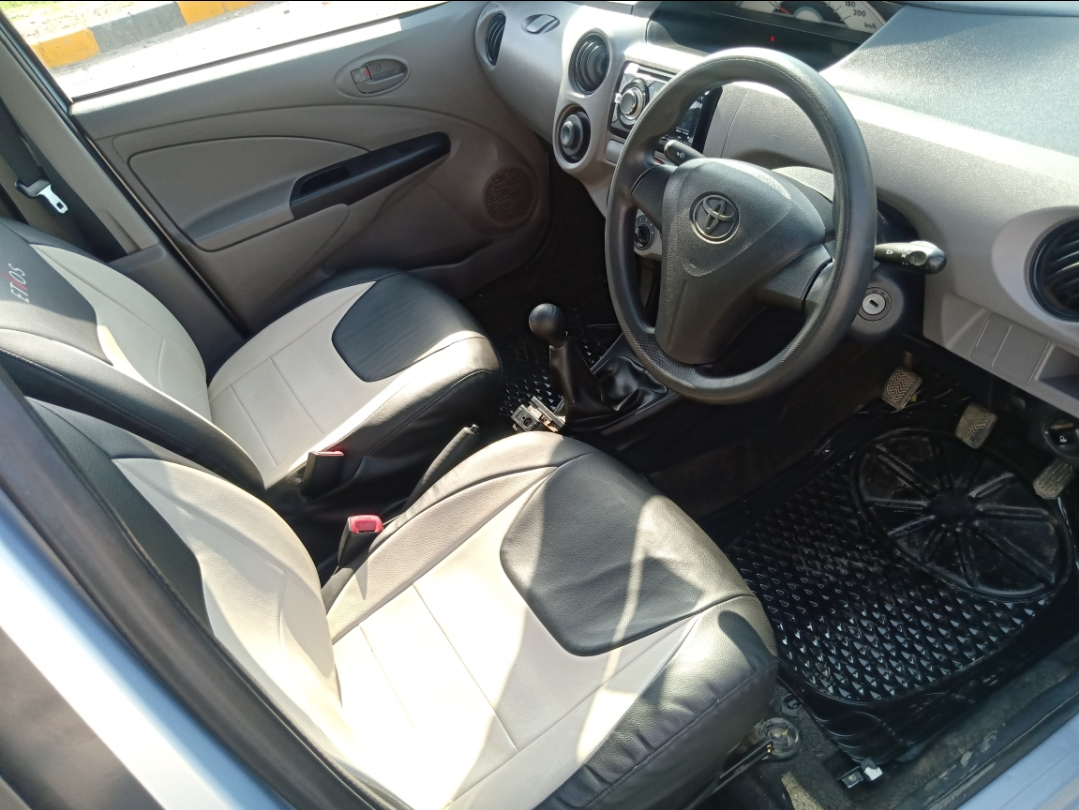 Front_seats 20200312184543