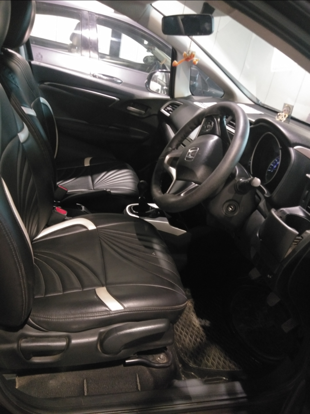 Front_seats 20210225090413