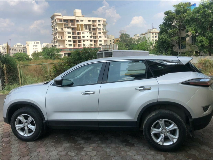 TATA HARRIER XT