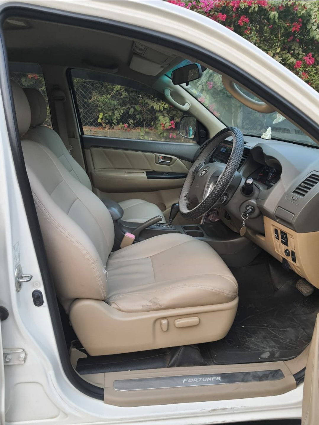 TOYOTA FORTUNER 3.0 AT 4X2
