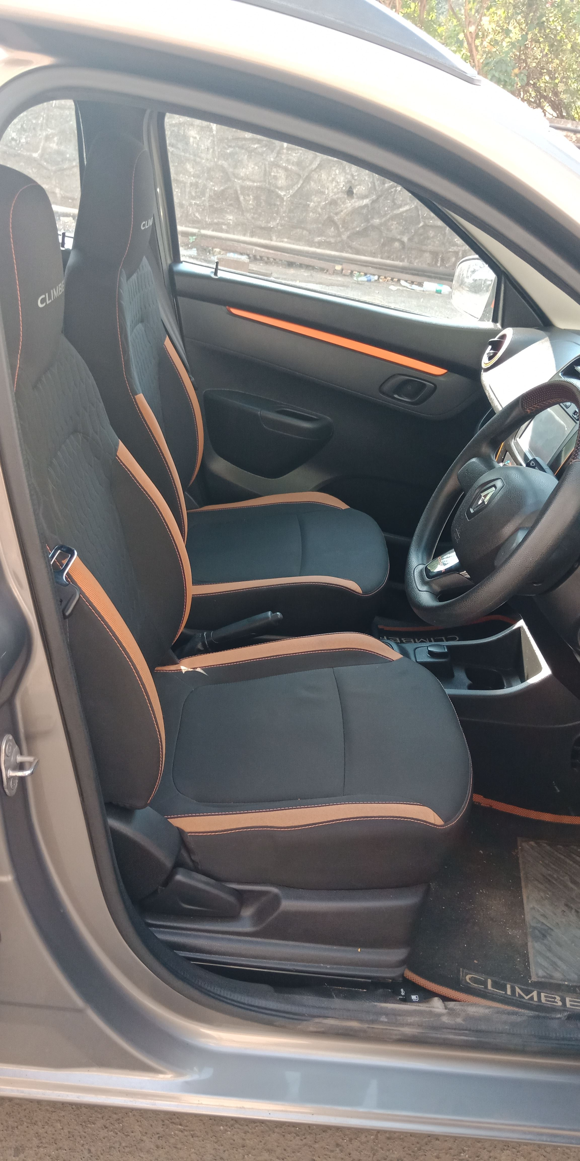 Front_seats 20200222111834