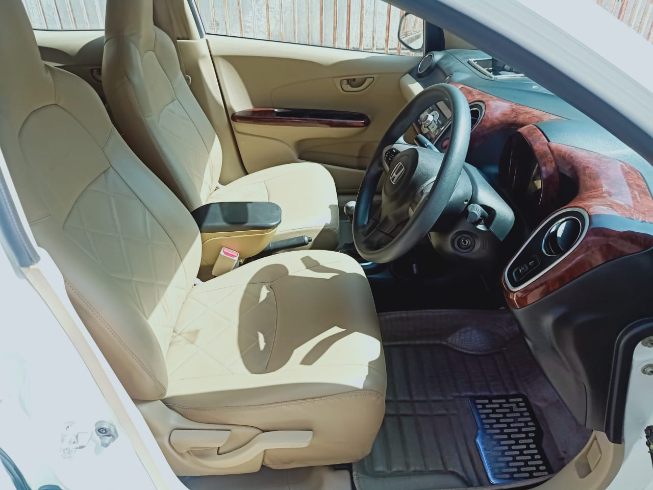 Front_seats 20200131134842