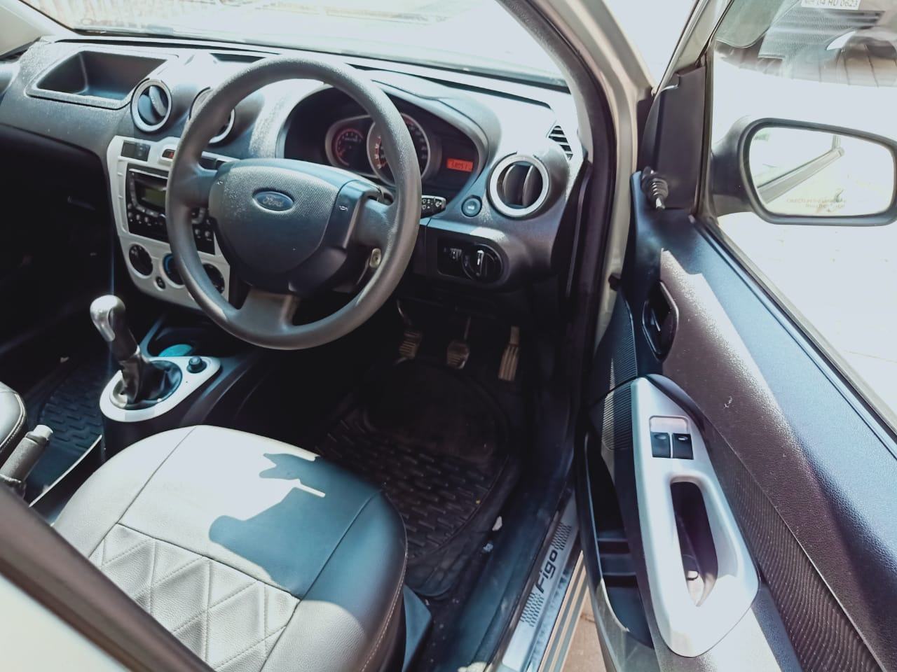 Front_seats 20210226115930