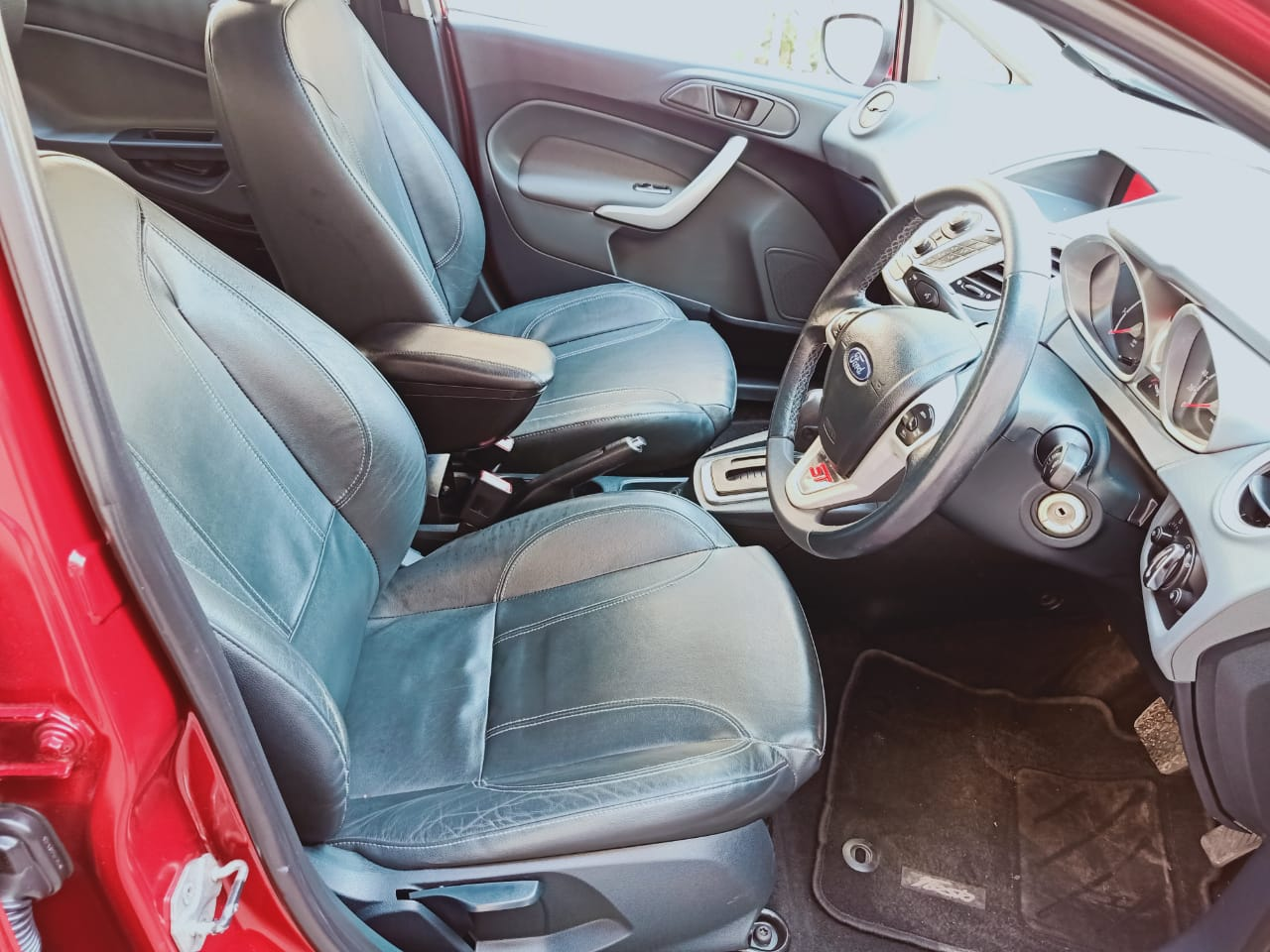 Front_seats 20210226183536