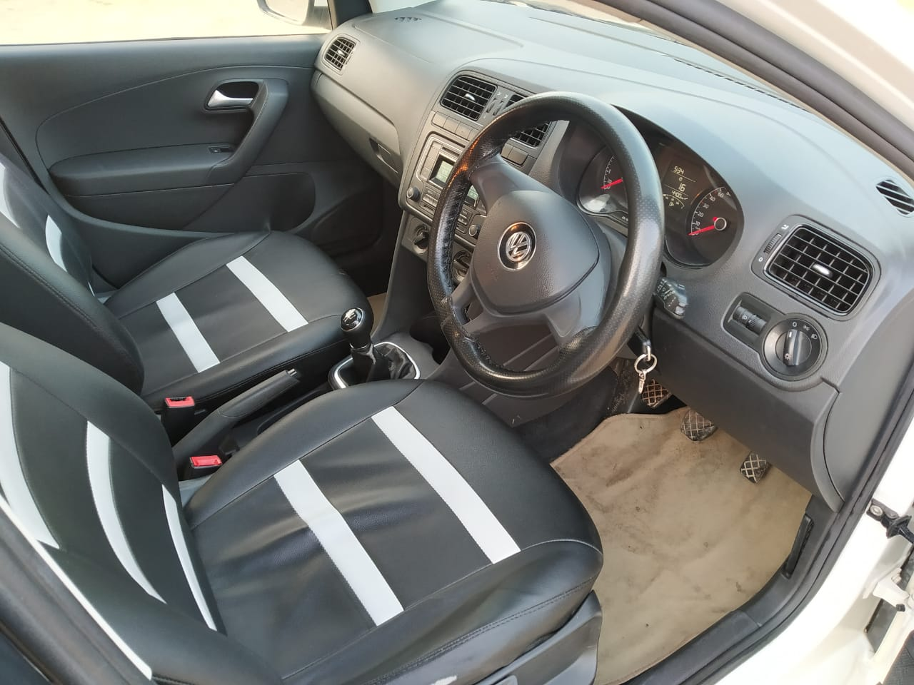 Front_seats 20200212183957